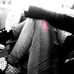 аватары: В джинсах с розовой заплаткой