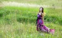 аватары: в луговых зеленых травах