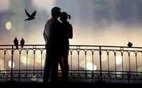 аватары: Влюбленная пара и голуби на мосту