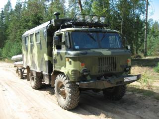 обои ГАЗ 66 с прицепом фото
