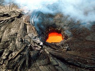 обои Жерло вулкана фото