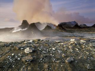 обои Извергающийся вулкан фото