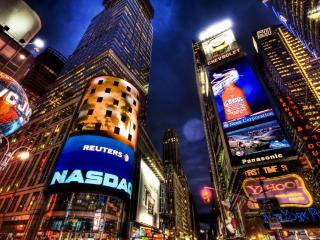 обои Реклама в ночном городе фото