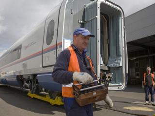 обои Высокоскоростной поезд ICE-3 фото
