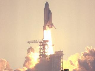 обои Старт ракетоносца с шаттлом фото