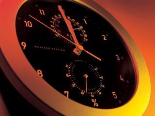 обои Часы с черным циферблатом фото