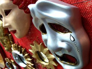 обои Маски трагедии для карнавала фото