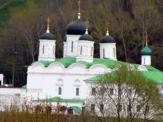 обои Прекрасная церковь в Нижнем Новгороде фото