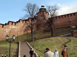 обои Стена Нижегородского Кремля фото