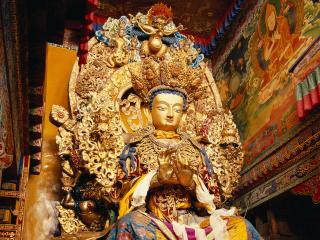 обои Роскошная статуя Будды фото