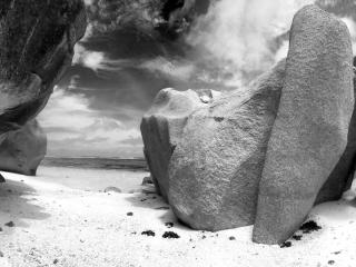 обои Пустынный берег фото
