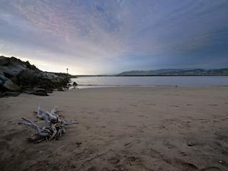 обои Пустынный, заброшенные берег моря фото