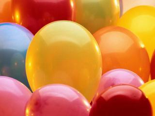 обои Разноцветные воздушные шары фото