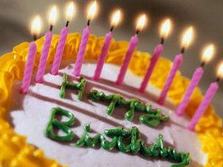 обои Торт со свечами фото