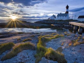 обои Остров с маяком на закате фото