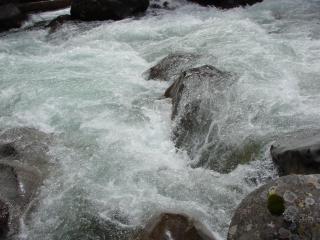 обои Горная река фото
