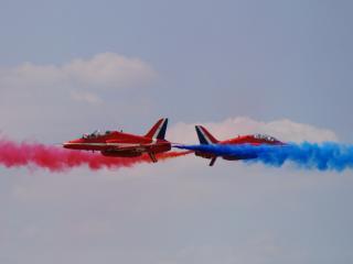 обои Два самолета фото