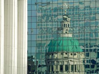 обои Courthouse reflections,St.Louis,Missouri фото