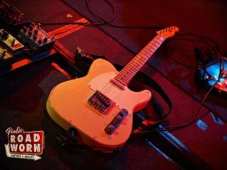 обои Гитара в студии фото