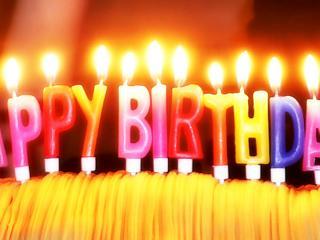 """обои Тортик для именника с пожеланием """"Happy Birthday"""" фото"""