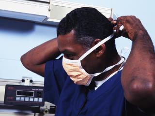 обои Доктор в маске фото