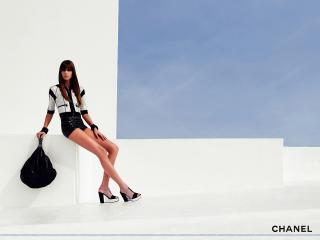 обои Бренд Шанель костюм фото