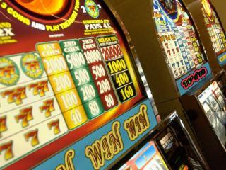 обои Красивые денежные автоматы фото