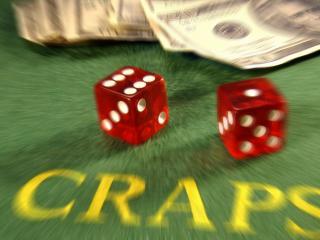 обои Красные кубики Craps  в казино фото