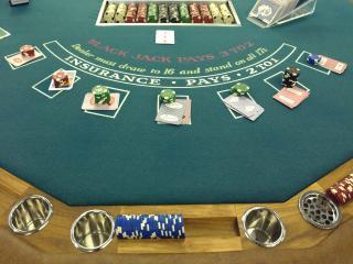 обои Стол для покера в казино фото