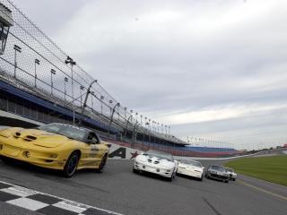 обои Автомобили в гонке Naskar фото