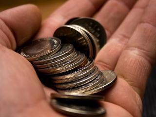 обои Горсть шведских монетак фото