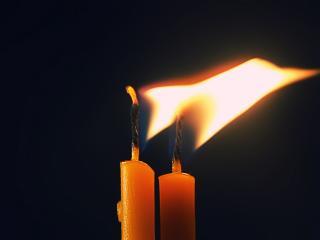 обои для рабочего стола: Две свечи
