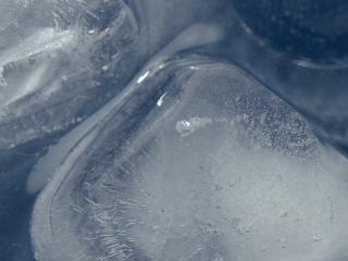 обои Кубик льда (крупным планом) фото