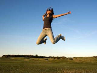 обои Радостный прыжок фото