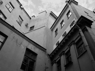 обои Проходной двор фото