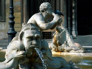 обои Статуи в фонтане фото