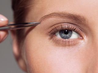 обои Макияж - Подготовка к макияжу фото