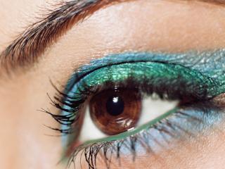 обои Макияж глаза - Яркие бирюзовые и голубые тени фото