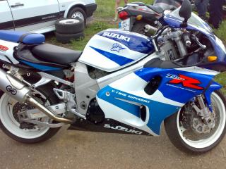 обои Suzuki V-twin superbike фото