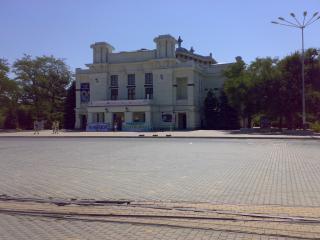 обои Кинотеатр в Евпатории фото