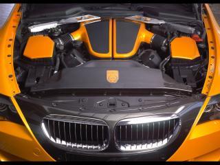 обои BMW Schnitzer под капотом фото