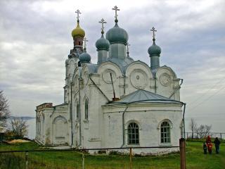 обои Троицкая церковь фото