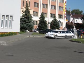 обои Белый лимузин к свадьбе фото