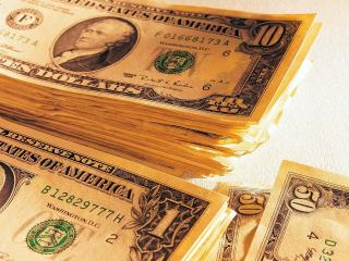 обои Стопка американских долларов фото