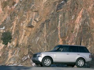 обои Range Rover Vogue на фоне гор фото