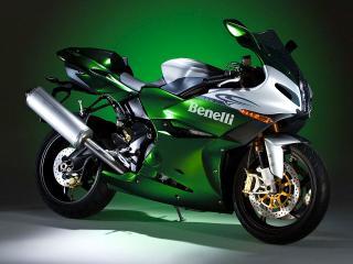 обои Зелёное Benelli фото