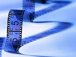 обои Кинолента выложеная в форме буквы М фото