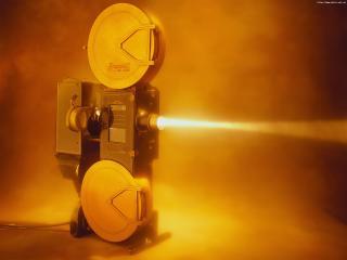 обои для рабочего стола: Ретро-кинопроектор в дыму