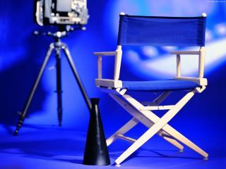 обои для рабочего стола: Стул Режисера и мегафон на фоне камеры