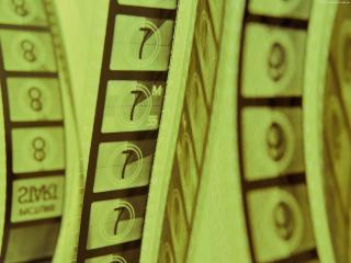 обои для рабочего стола: Фото Киноленты с зеленым оттенком